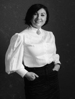 Соня Баженова - Шеф-редактор